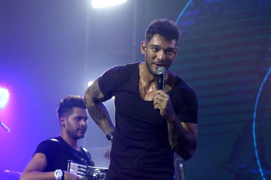 Lucas Lucco faz show em casa noturna de São Paulo