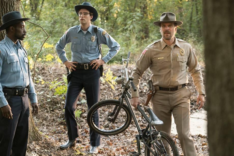 David Harbour interpreta o chefe de polícia Jim Hopper em 'Stranger Things'