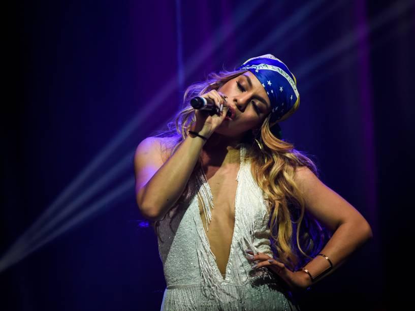 A cantora Dinah Jane Hansen durante show do grupo Fifth Harmony, em São Paulo