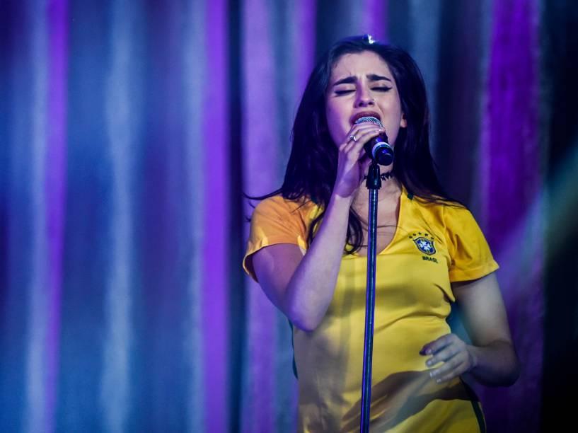 A cantora Lauren Jauregui durante show do grupo Fifth Harmony, em São Paulo