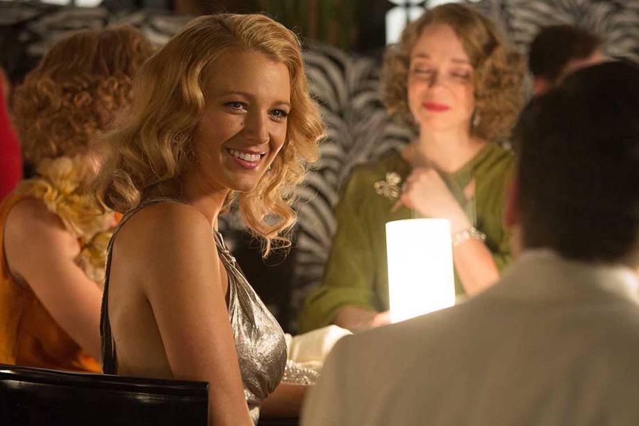 Veronica (Blake Lively) em cena do filme Café Society