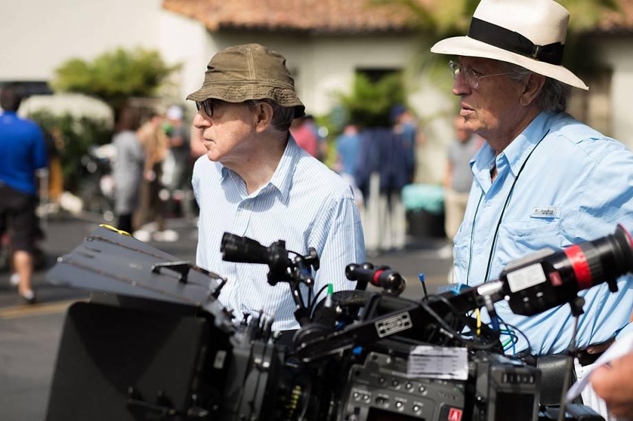 Woody Allen dirigiu o filme Café Society, com Kristen Stewart e Jesse Eisenberg como protagonistas