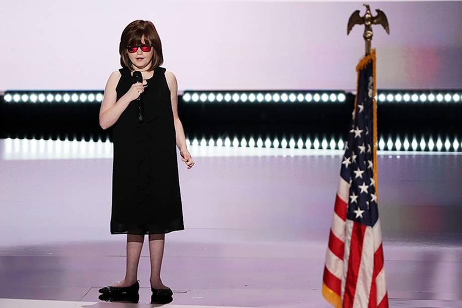 A cantora Marlana VanHoose se apresenta, abrindo o primeiro dia da Convenção nacional do Partido Republicano americano, em Cleveland, que confirmará a candidatura de Donald Trump à presidência dos Estados Unidos - 18/07/2016