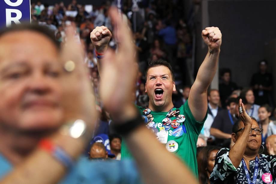 Delegados e eleitores durante o segundo dia da Convenção Nacional do Partido Democrata americano, realizada na Filadélfia(EUA) - 26/07/2016