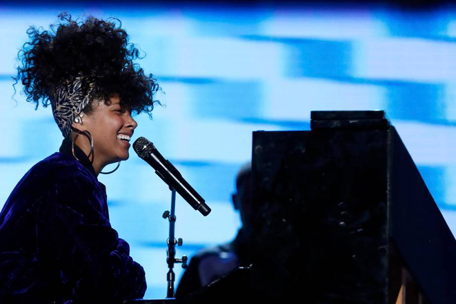 A cantora Alicia Keys, se apresenta durante o segundo dia da Convenção Nacional do Partido Democrata americano, na Filadélfia (EUA) - 27/07/2016