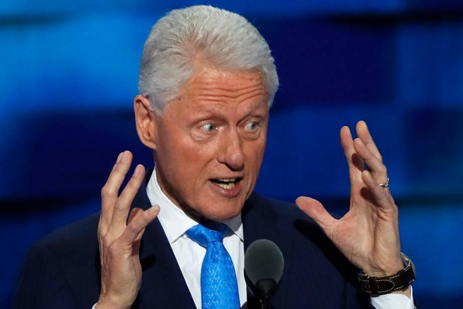 O ex-presidente dos EUA, Bill Clinton, discursa durante o segundo dia da Convenção Nacional do Partido Democrata americano, na Filadélfia (EUA) - 27/07/2016