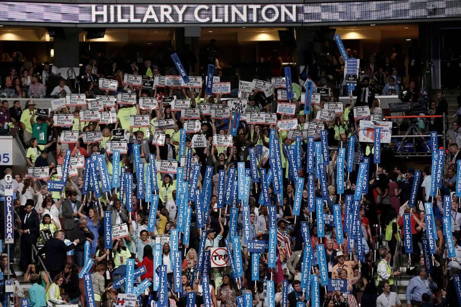 Apoiadores de Hillary Clinton durante o quarto dia da Convenção do Partido Democrata americano, na Filadélfia (EUA) - 28/07/2016