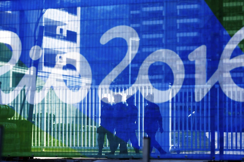 Soldado do Exército faz a segurança nos arredores do Parque Olímpico da Rio 2016