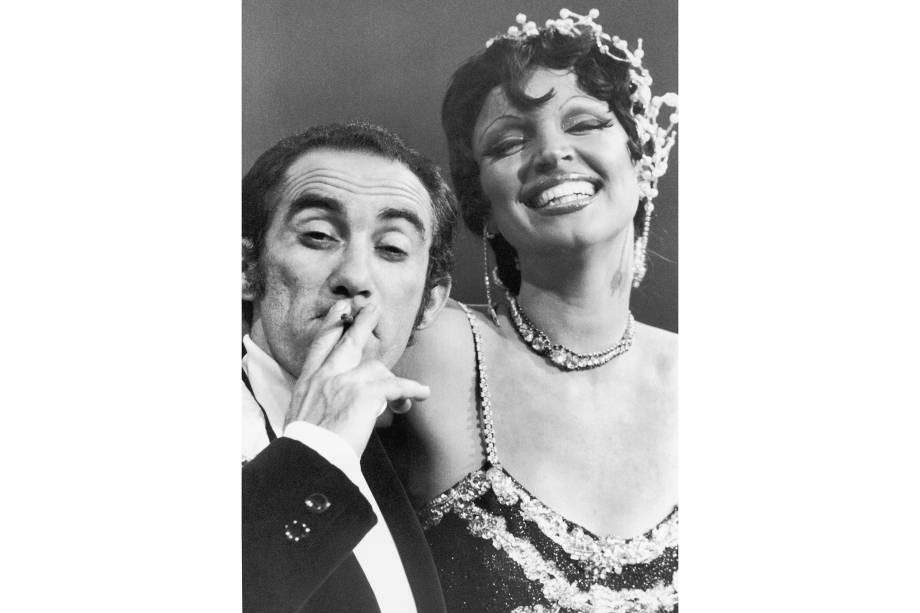 Renato Aragão e Elke Maravilha no programa 'Os Trapalhões' em 1976