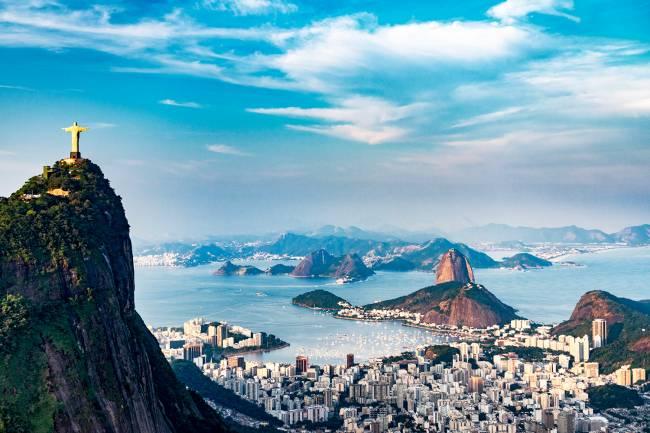 A cidade do Rio de Janeiro (RJ), foi reconhecida como Patrimônio Mundial da Humanidade pela UNESCO, em 2012, com as suas mais belas vistas, tais como o Morro do Corcovado, a estátua de Cristo Redentor, e suas áreas urbanas. A cidade sediará os Jogos Olímpicos em agosto deste ano