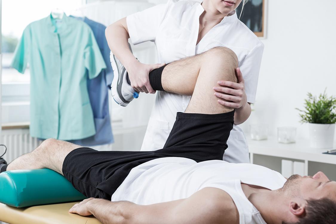 Fisioterapia é tão efetiva quanto cirurgia para lesão no joelho | VEJA