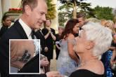 Tatuagem 'Carpe Diem' no pulso direito da atriz Judi Dench
