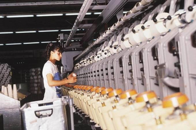 trabalhadores-setor-textil-20070927-02-original.jpeg