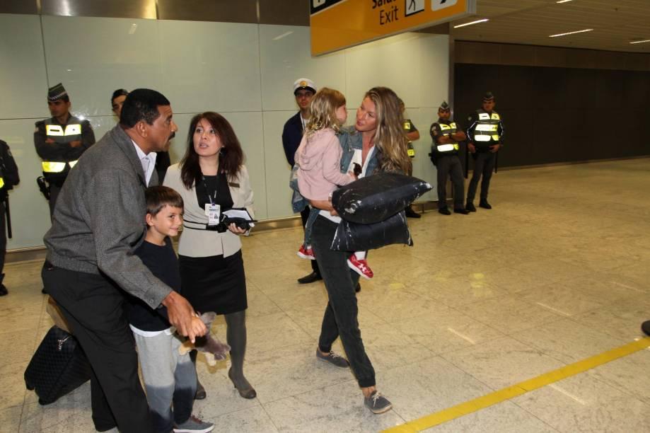 Top Gisele chega em São Paulo pelo Aeroporto Internacional de Guarulhos (Cumbica)
