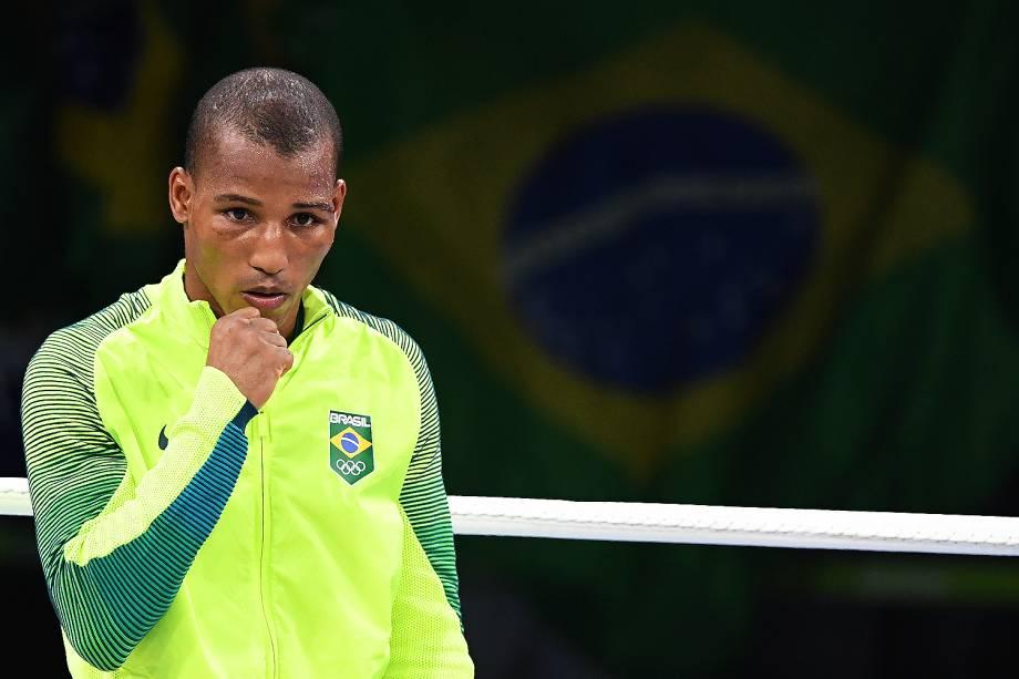 O lutador de boxe, Robson Conceição comemora após vencer a medalha de ouro, nos Jogos Olímpicos Rio 2016