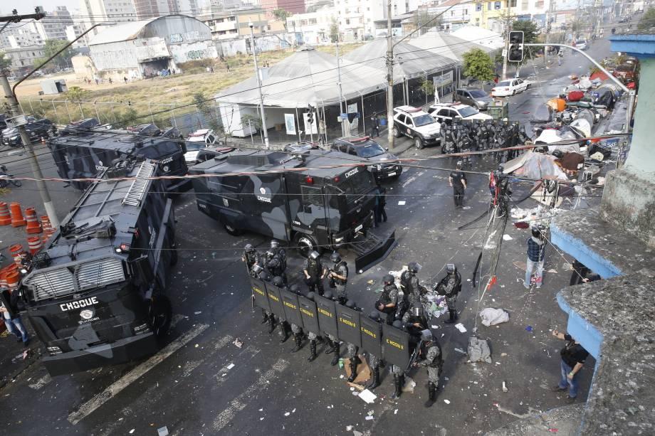 As polícias civil e militar fazem operação contra o tráfico de drogas na Cracolândia, no centro de São Paulo - 05/08/2016