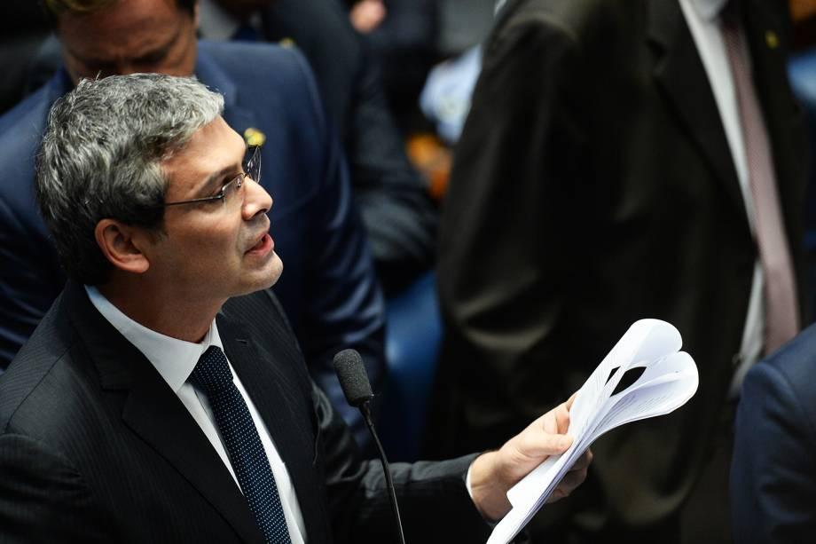 O senador Lindbergh Farias (PT-RJ), discursa durante sessão de julgamento da presidente afastada Dilma Rousseff, no Senado Federal - 31/08/2016