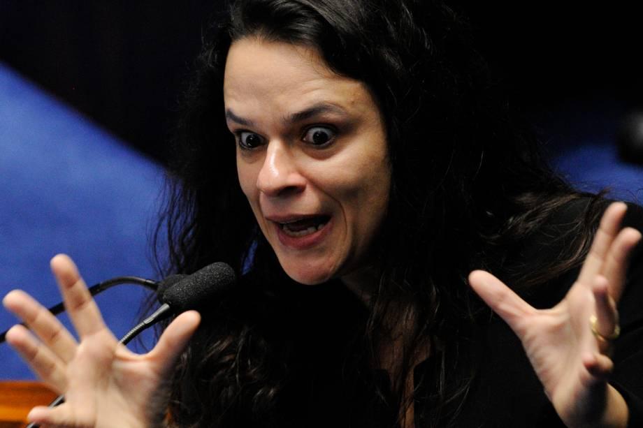 A advogada de acusação, Janaína Paschoal durante sessão de julgamento do processo de impeachment da presidente afastada Dilma Rousseff - 30/08/2016