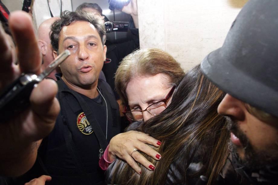 Aparecida Schunck , sogra de Bernie Ecclestone, libertada pela polícia no domingo após passar nove dias em cativeiro em Cotia, na Grande São Paulo - 01/08/2016