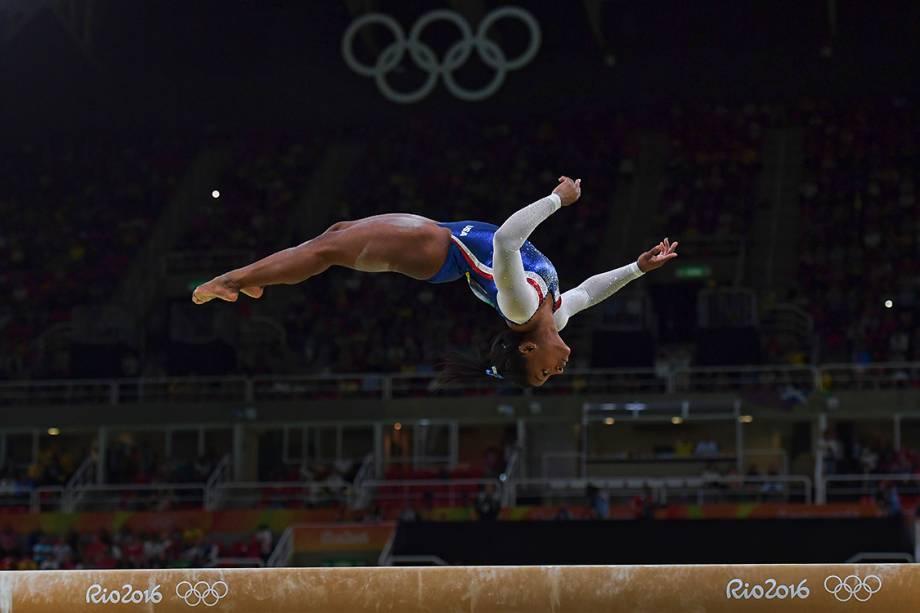 A ginasta Simone Biles, dos Estados Unidos, durante a final individual, dos Jogos Olímpicos Rio 2016