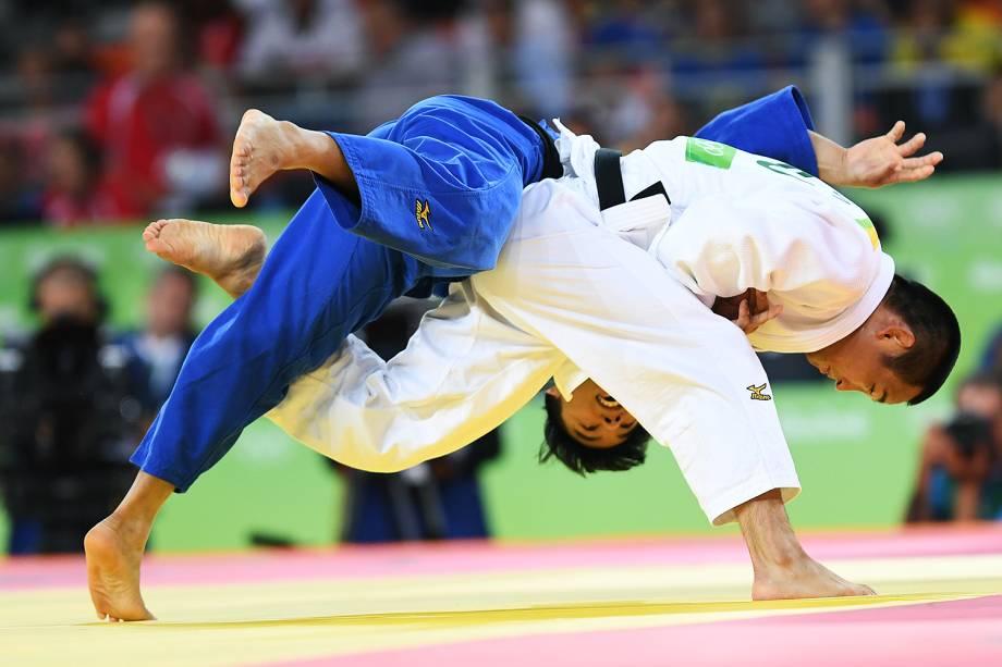 O judoca brasileiro Charles Chibana, perde para o japonês Masashi Ebinuma, na fase classificatória do torneio de judô masculino, categoria 66kg, realizada na Arena Carioca 2 - 07/08/2016