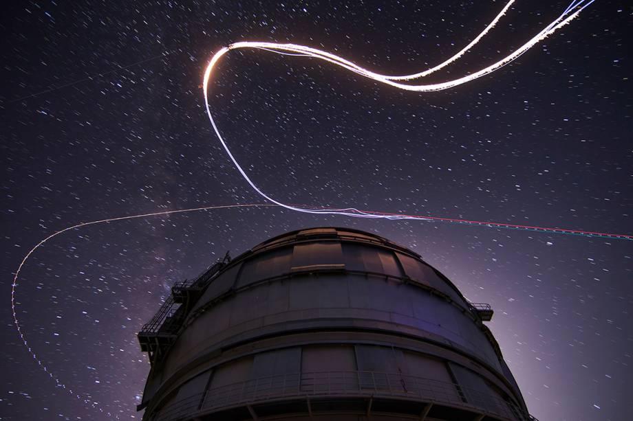 A chuva de meteoros Perseida é vista nos céus de La Palma, na Espanha