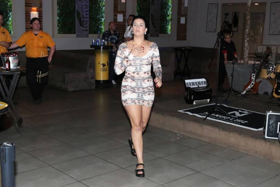 Jady Duarte, affair do velocista Usain Bolt, curte noite carioca no Recreio dos Bandeirantes