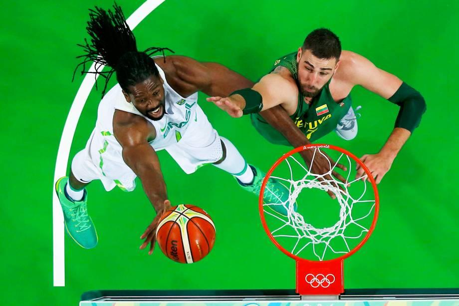 Partida de basquete entre Brasil e Lituânia, na Arena Carioca 1, no Rio de Janeiro (RJ) - 07/08/2016