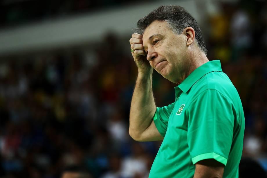 O técnico argentino Rubén Magnano da seleção brasileira de basquete durante partida contra a Lituânia - 07/08/2016