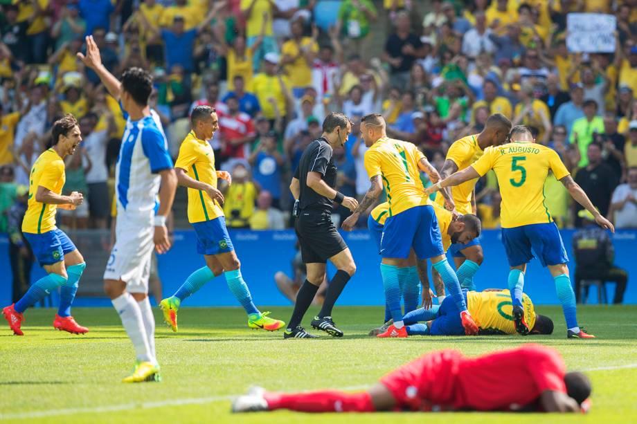 Partida entre Brasil e Honduras, válida pelas semifinais do torneio olímpico de futebol masculino, realizada no Estádio do Maracanã - 17/08/2016
