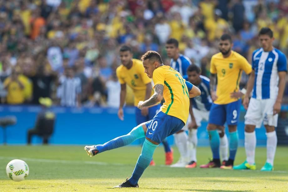Neymar durante partida entre Brasil e Honduras, válida pelas semifinais do torneio olímpico de futebol masculino, realizada no Estádio do Maracanã - 17/08/2016