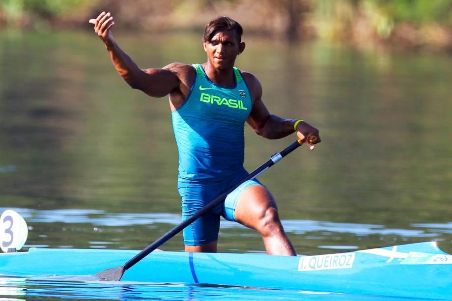 O canoísta brasileiro Isaquias Queiroz venceu a primeira prova classificatória da categoria C1 1000m, e garantiu vaga na final da competição - 15/08/2016