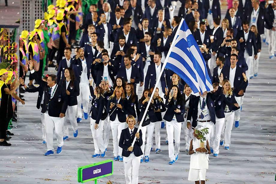 Delegação da Grécia durante a cerimônia de abertura dos Jogos Olímpicos Rio 2016, no estádio do Maracanã