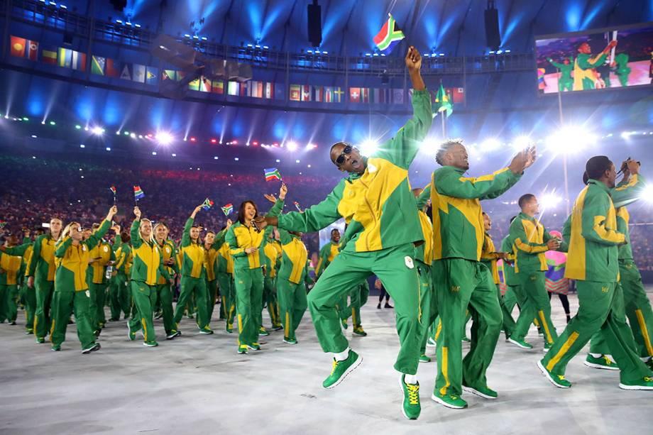 Delegação da África do Sul durante a cerimônia de abertura dos Jogos Olímpicos Rio 2016, no estádio do Maracanã