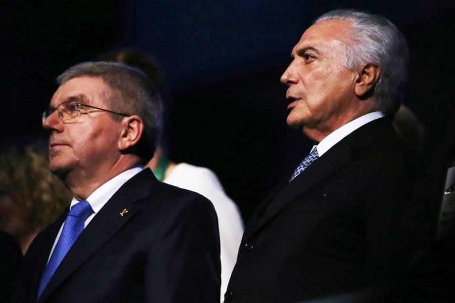 O presidente da República em exercício, Michel Temer, e o presidente do Comitê Olímpico Internacional (COI), Thomas Bach, assistem à cerimônia de abertura dos Jogos Olímpicos Rio-2016, realizada no Estádio do Maracanã - 05/08/2016