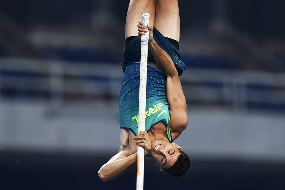 Thiago Braz da Silva durante a prova de salto com vara, nos Jogos Olímpicos Rio 2016