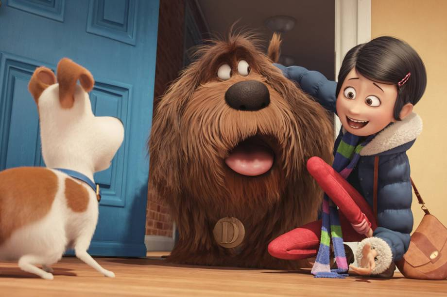 Katie (Ellie Kemper) é dona dos pets Max (Louis C.K.) e Duke (Eric Stonestreet), no filme Pets - A vida secreta dos animais