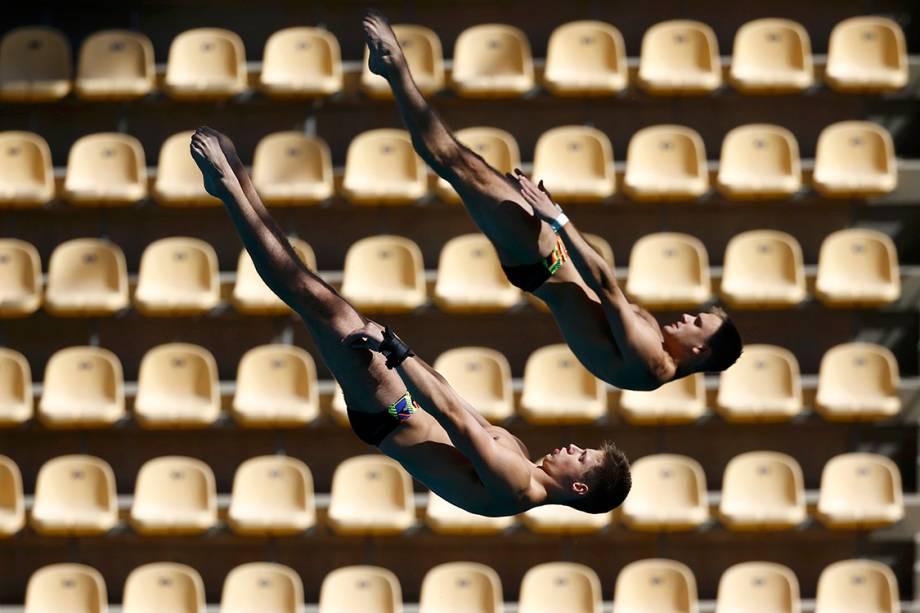 Atletas treinam para a modalidade de saltos ornamentais sincronizados para a Rio 2016 - 01/08/2016