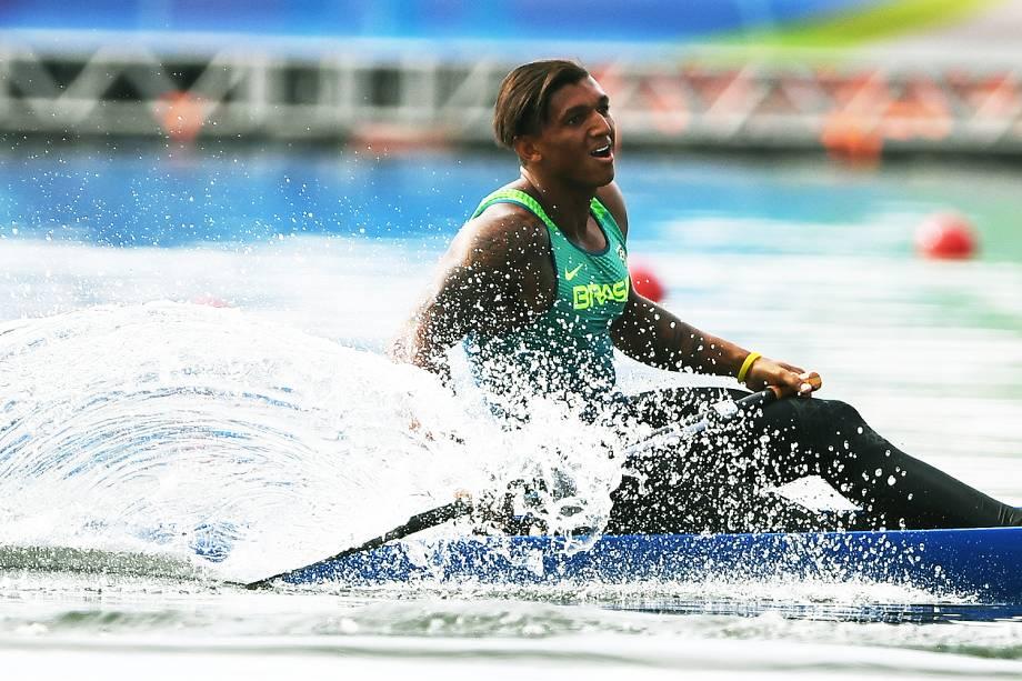 Canoísta brasileiro Isaquias Queiroz conquista a medalha de prata na canoagem - 16/08/2016