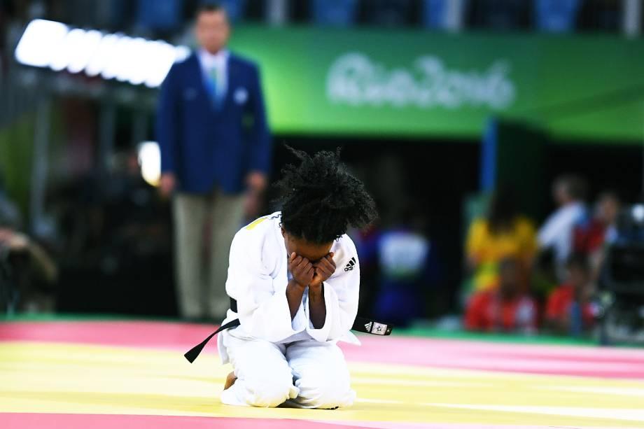 A judoca francesa Priscilla Gneto, lamenta derrota contra a suiça Evelyne Tschopp, na Arena Carioca 2 - 07/08/2016