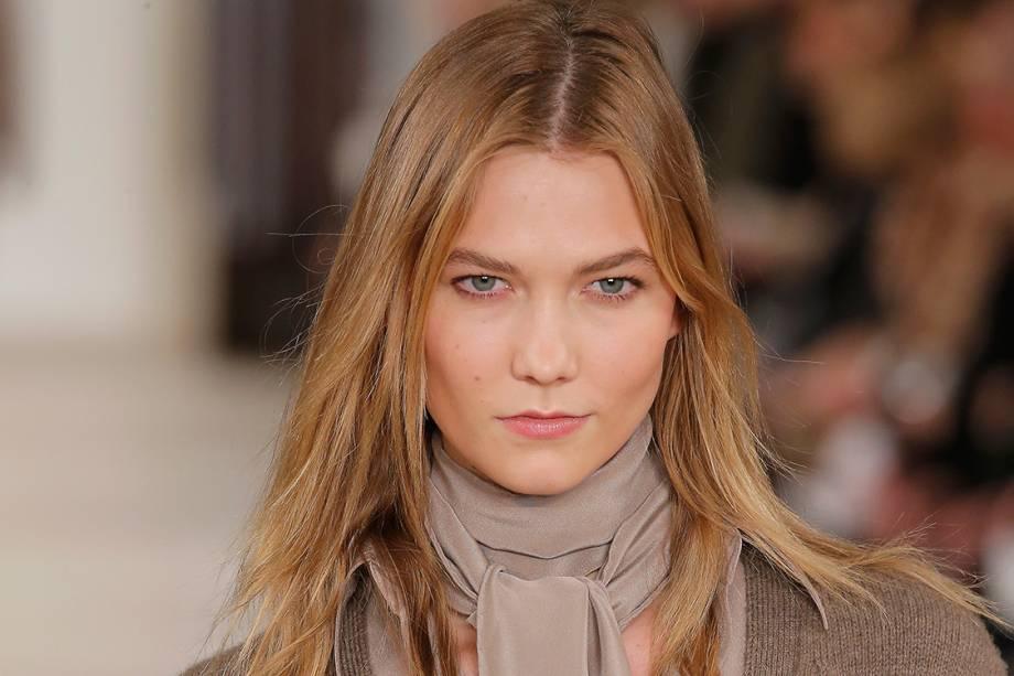 Karlie Kloss, americana de Illinois, de 24 anos, também ficou em terceiro e dobrou o seu rendimento para 10 milhões de dólares. A revista disse que ela teve mais campanhas do que qualquer outra modela na lista.