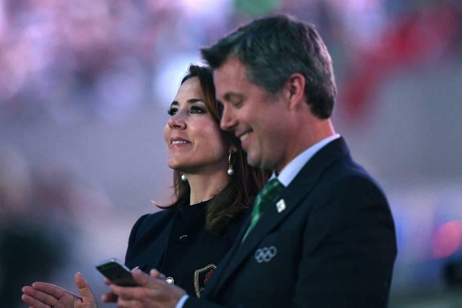 O príncipe da Dinamarca, Frederick, assite à abertura dos Jogos Olímpicos Rio 2016, ao lado de sua esposa, a princesa Mary