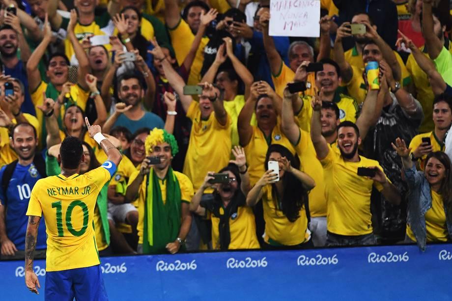 Neymar comemora gol sobre a Alemanha, na final do futebol masculino nas Olimpíadas Rio 2016