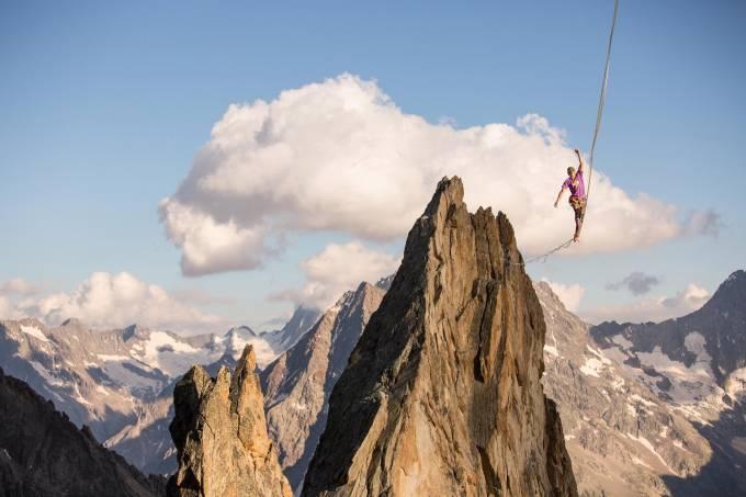 pablo-signoret-caminha-em-direção-ao-recorde-mundial-de-slackline-alpino