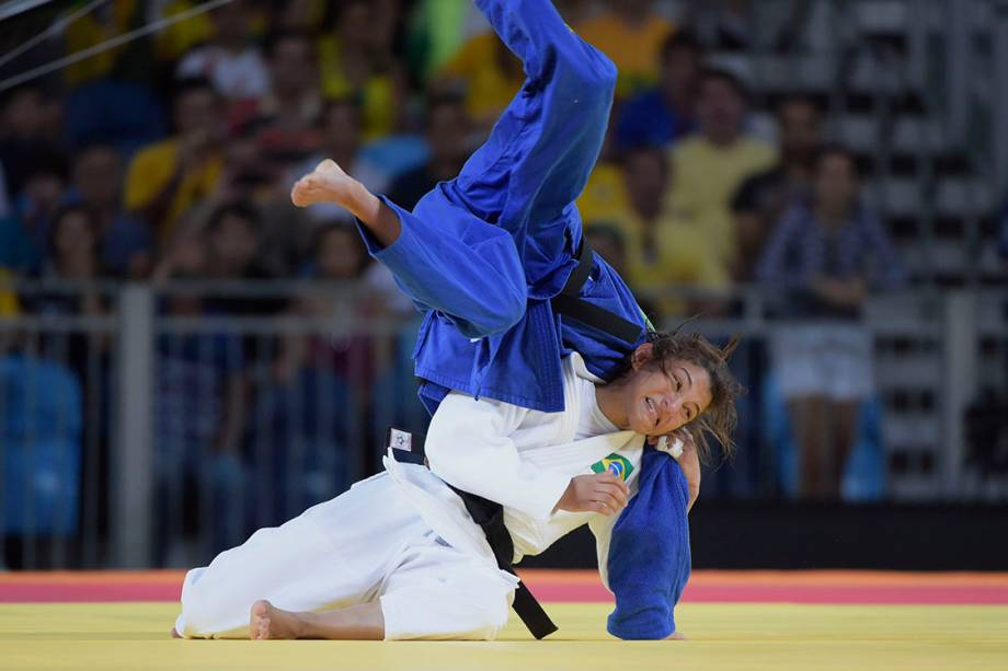 Sarah Menezes vence a judoca belga Van Snic, na categoria até 48kg, pelos Jogos Olímpicos Rio 2016