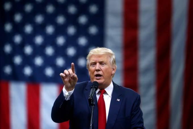 O candidato republicano Donald Trump em evento de campanha em Columbus, Ohio