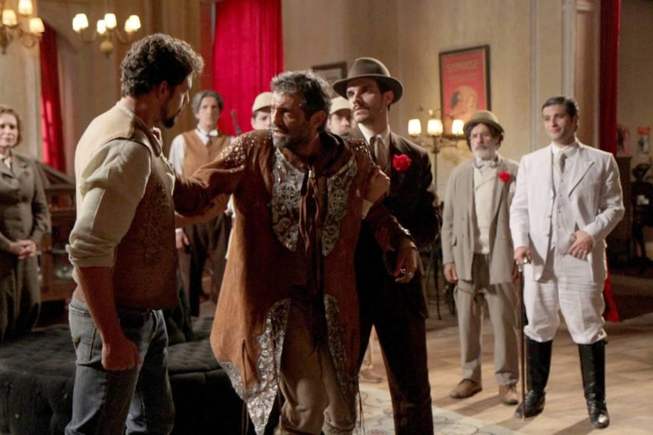 Herculano (Domingos Montagner) na série 'Cordel Encantado' em 2011