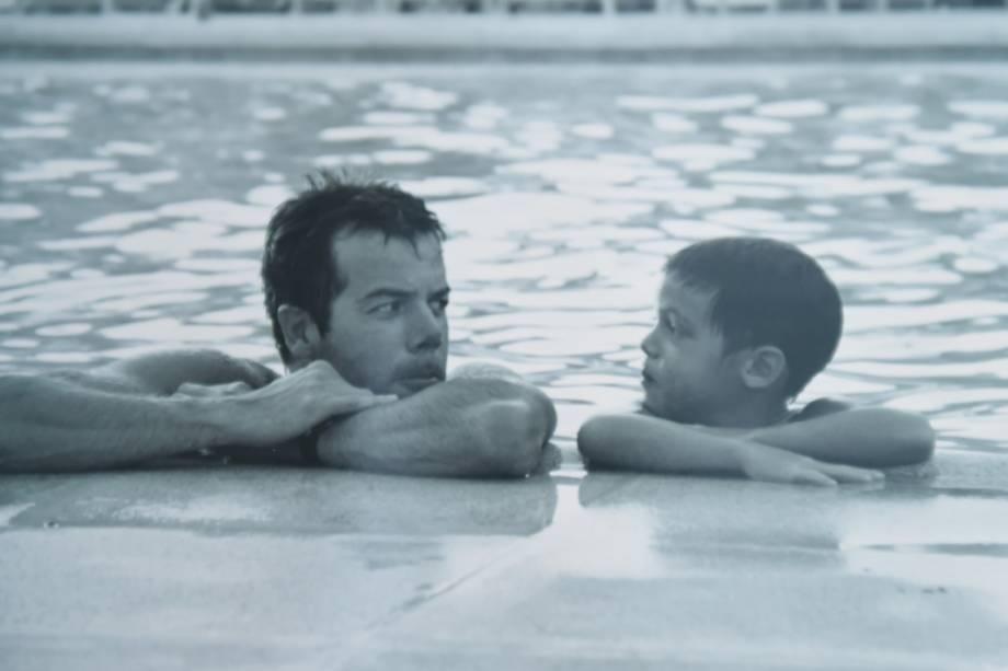 O ator João Côrtes quando criança e seu pai, o músico Ed Côrtes