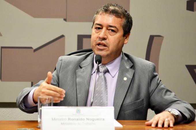 O ministro do Trabalho, Ronaldo Nogueira