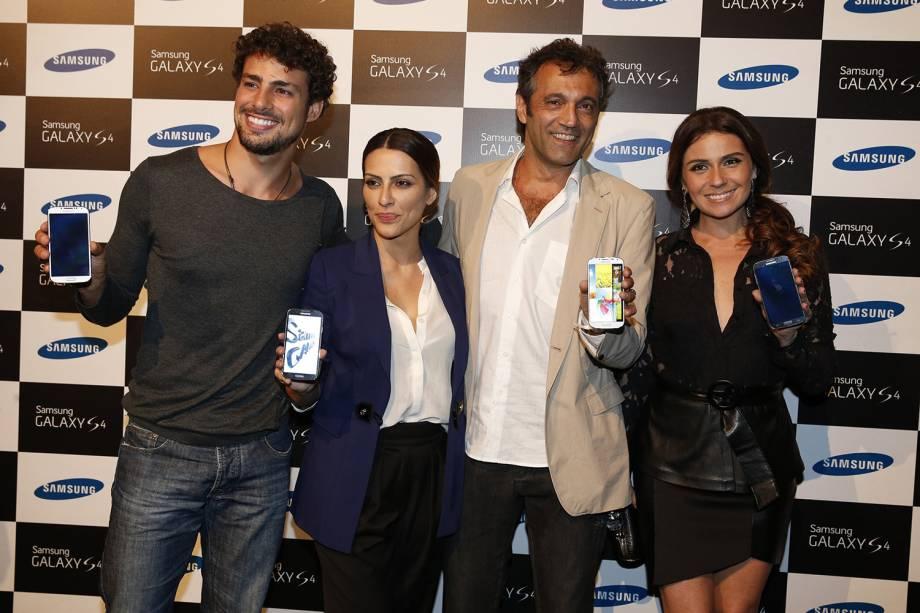 Cauã Reymond, Cleo Pires, Domingos Montagner e Giovanna Antonelli, no lançamento do novo Samsung Galaxy S4, na Marina da Glória.